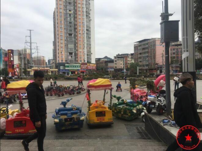 罗甸县明珠中央广场场地实拍