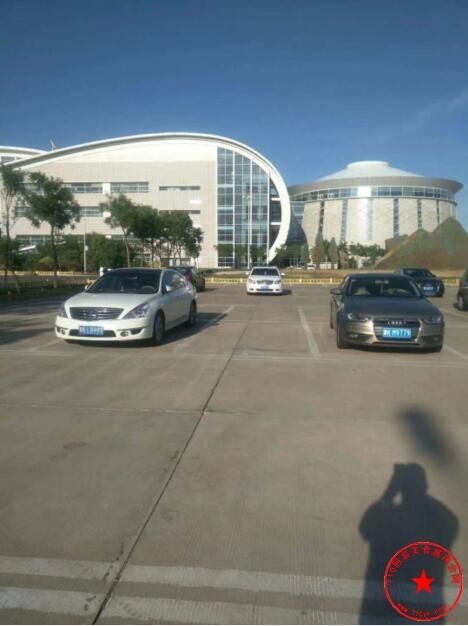 康巴什国际会展中心广场实拍