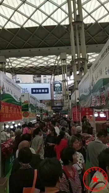 佛山东方广场(中庭)历届展会火爆场面